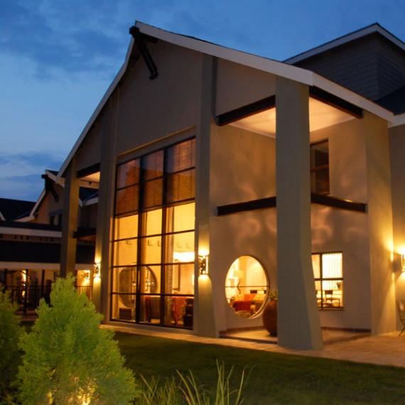 Willow Lake - Protea Hotel