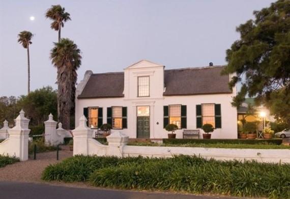 Courtyard-Cape-Town